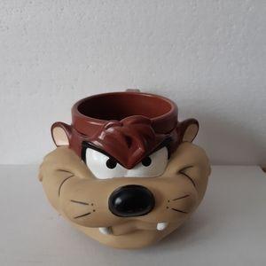 1992 Warner Bros  Tasmanian Cup